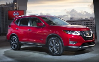 Automatic emergency braking now standard on 2017.5 Nissan Rogue