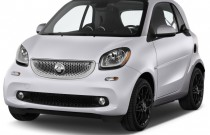 2017 smart fortwo prime coupe Angular Front Exterior View
