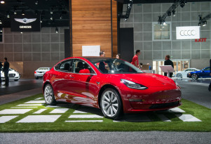 Tesla gives in, adds local charging ports on Chinese Model S, Model X electric cars