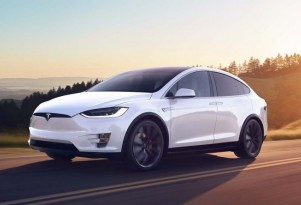 2017 Tesla Model X electric-car pricing, feature changes