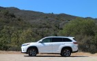 2017 Toyota Highlander Hybrid: brief drive of updated three-row SUV