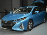 2017 Toyota Prius Prime plug-in hybrid preview