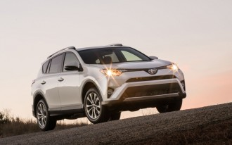 Brake-related recall widens to include 2016 Toyota RAV4