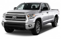 2017 Toyota Tundra 4WD SR5 Double Cab 6.5' Bed 4.6L (Natl) Angular Front Exterior View