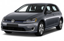 2017 Volkswagen e-Golf 4-Door SE Angular Front Exterior View