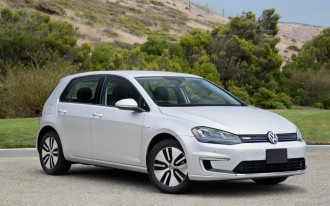 Nissan Leaf vs. Volkswagen e-Golf: Compare Cars