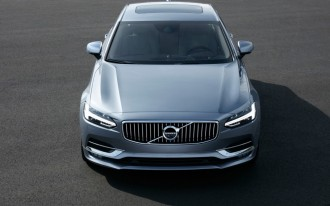 2017 Volvo S90, Tesla Autopilot, most expensive steering wheel: What's New @ The Car Connection