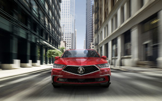 Acura RLX, VW Atlas vs. Tiguan, Lamborghini Urus: What's New @ The Car Connection
