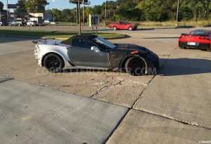 2018 Chevrolet Corvette ZR1 Convertible spy shots - Image via David Wesel/CorvetteBlogger