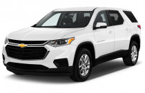 2018 Chevrolet Traverse FWD 4-door LS w/1LS Angular Front Exterior View