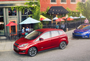 Ford C-Max Energi plug-in production over; Hybrid has only months left
