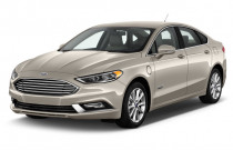 2018 Ford Fusion Energi SE FWD Angular Front Exterior View