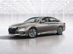 2018 Honda Accord Hybrid: more trunk space, higher fuel economy promised