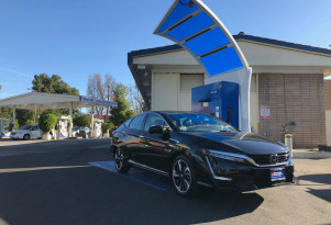 Why a Fiat 500e driver got a Honda Clarity Fuel Cell as his next green car: low cost