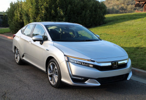 All else equal, which Honda Clarity would you buy? Twitter poll results