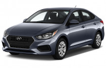 2018 Hyundai Accent SE Sedan Manual Angular Front Exterior View
