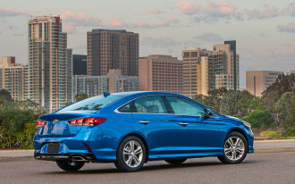 2018 Hyundai Elantra earns Top Safety Pick+ award for crashworthiness