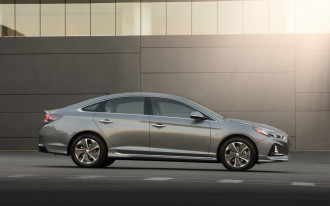 2018 Hyundai Sonata upgrades trim levels with new features