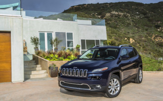 2018 Jeep Cherokee recalled over leaky fuel line