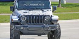 2018 Jeep Wrangler spy shots - Image via S. Baldauf/SB-Medien
