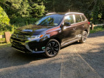 2018 Mitsubishi Outlander PHEV gas mileage review: practical and efficient
