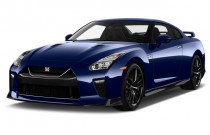 2018 Nissan GT-R Premium AWD Angular Front Exterior View
