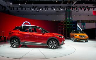 LA Auto Show, Tesla Model 3 range, Porsche plug-ins: What's New @ The Car Connection