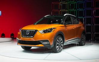 2018 Hyundai Kona, 2018 Nissan Kicks, 2019 BMW i8 Roadster: What's New @ The Car Connection