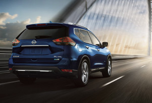 2018 Nissan Rogue Hybrid: late to the party, but at least it won't drink much