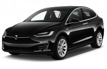 2018 Tesla Model X 75D AWD Angular Front Exterior View