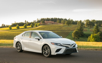 2018 Toyota Camry recalled, James Bond's Aston Martin for sale, Opel Ampera-e: What's New @ The Car Connection