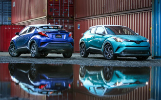 Toyota C-HR aces IIHS crash tests, faulted for weak headlights