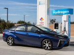 Hydrogen supply shortage leaves fuel cell cars gasping in California (Updated)