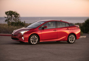 Lithium-ion vs. nickel-metal hydride: Toyota still likes both for its hybrids