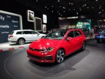 2018 Volkswagen Golf GTI, 2017 New York Auto Show