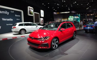 2018 VW Golf lineup gets a facelift and some new eyeliner
