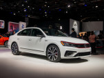 2018 Volkswagen Passat GT, 2018 Detroit auto show