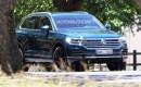 2018 Volkswagen Touareg spy shots - Image via SB-Medien