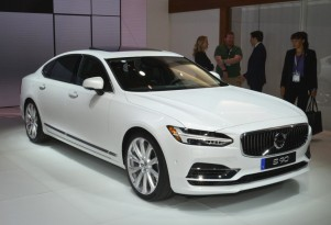 2018 Volvo S90, 2017 New York auto show