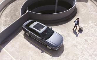Volvo S90 review, next-gen Porsche Cayenne, Mini Electric concept: What's New @ The Car Connection