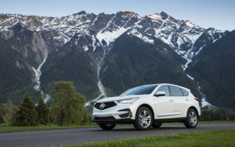 2019 Acura RDX driven, Chrysler on the chopping block, Audi e-tron electric SUV: What's New @ The Car Connection
