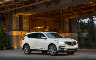 2019 Acura RDX safety, Tesla and the Saudis, VW diesel claims: What's New @ The Car Connection