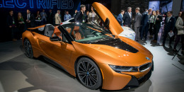 2019 BMW i8: larger battery, more range, plus new Roadster priced from $164,295