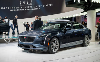 2019 Cadillac CT6 V-Sport debuts with beefy V-8 engine, track-tuned suspension