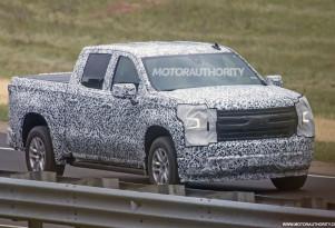 2019 Chevrolet Silverado 1500 spy shots - Image via S. Baldauf/SB-Medien