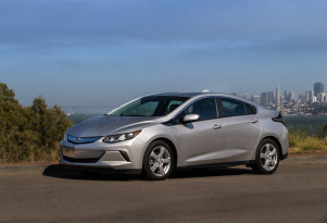 2019 Chevy Volt gets faster charging, stronger regen, more luxury features