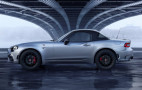 Fiat Abarth 124 GT debuts with carbon fiber roof