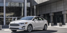 2019 Ford Fusion adds safety tech, allegedly new styling