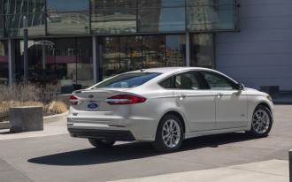 Ford Fusion goes crossover, Maserati Levante GTS, Fisker's electric batteries: What's New @ The Car Connection