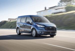 "2019 Ford Transit Connect Wagon gets ""EcoBlue"" diesel option, no hybrid so far"